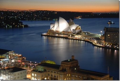 Sydney Opera House and the Sydney Harbour at dawn in beautiful Sydney, Australia