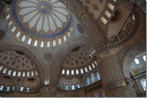 View of the interior ceiling of the Sultan Ahmed (Blue) Mosque (Sultanahmet Camii) in Istanbul, Turkey