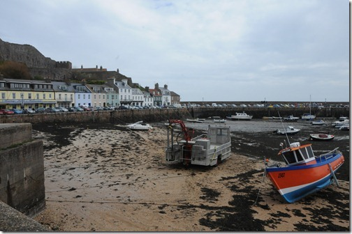 Tide out in Gorey, Jersey, Channel Islands (Gouôrray, Jèrri, Îles d'la Manche)