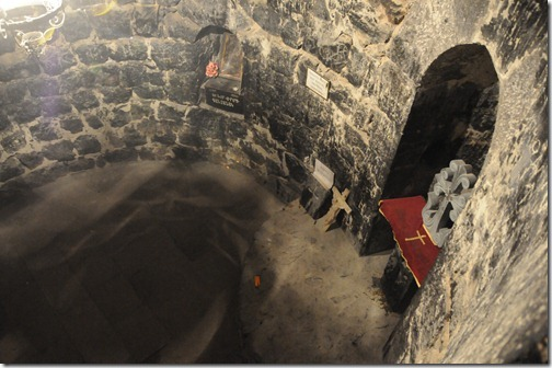 Looking down into the Pit of St. Gregory the Illuminator (Գրիգոր Լուսաւորիչ) in the Khor Virap (Խոր Վիրապ) monastery in Armenia