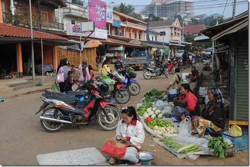 Morning market in Ban Houayxay (Huay Xai), Laos